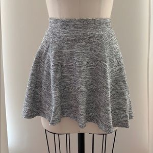 H&M Divided Gray Knit Flare Skirt- Size XS